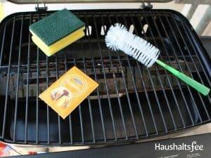 Utensilien für die Grillreinigung