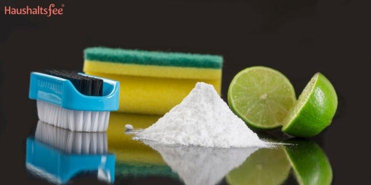 Backpulver im Haushalt zum Reinigen von Backblech und Abfluss