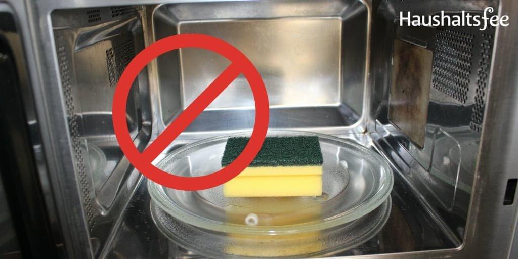 Schwämme reinigen: besser nicht in der Mikrowelle