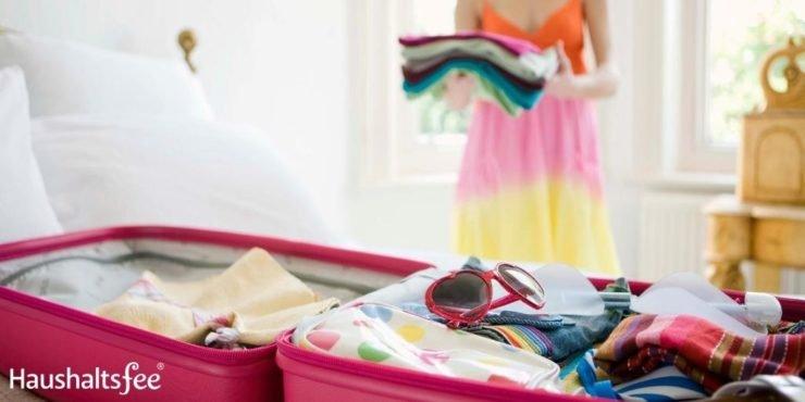Koffer packen: Leichtes nach oben, schweres nach unten